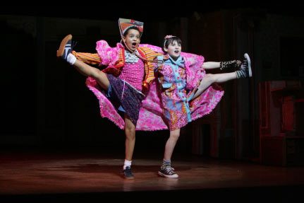 billy-elliot-the-musical-image-billy-elliot-the-musical-36647007-431-287